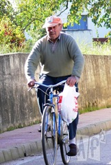 Jose asturiano bici [Resolucion de Escritorio]